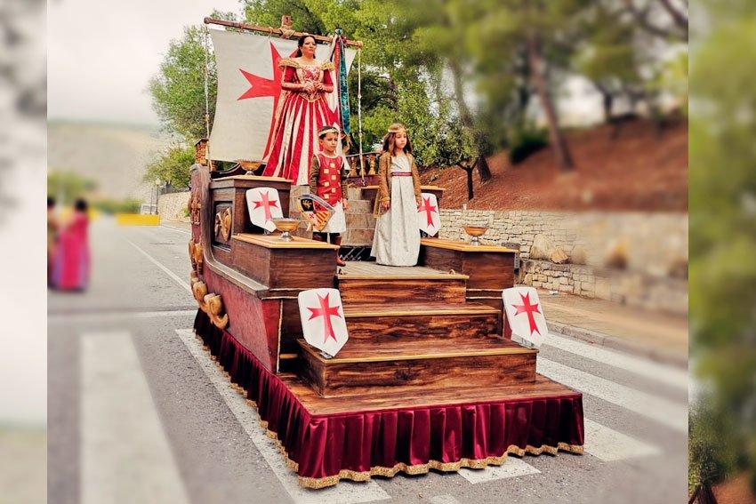 alquilar-carroza-barco-templario-artscreacions