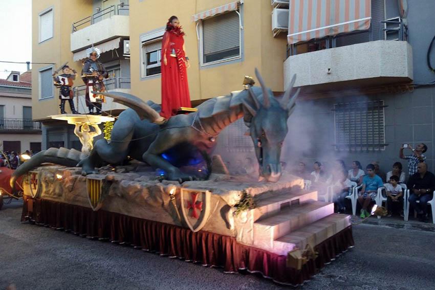 carroza-dragón-arts-creacions